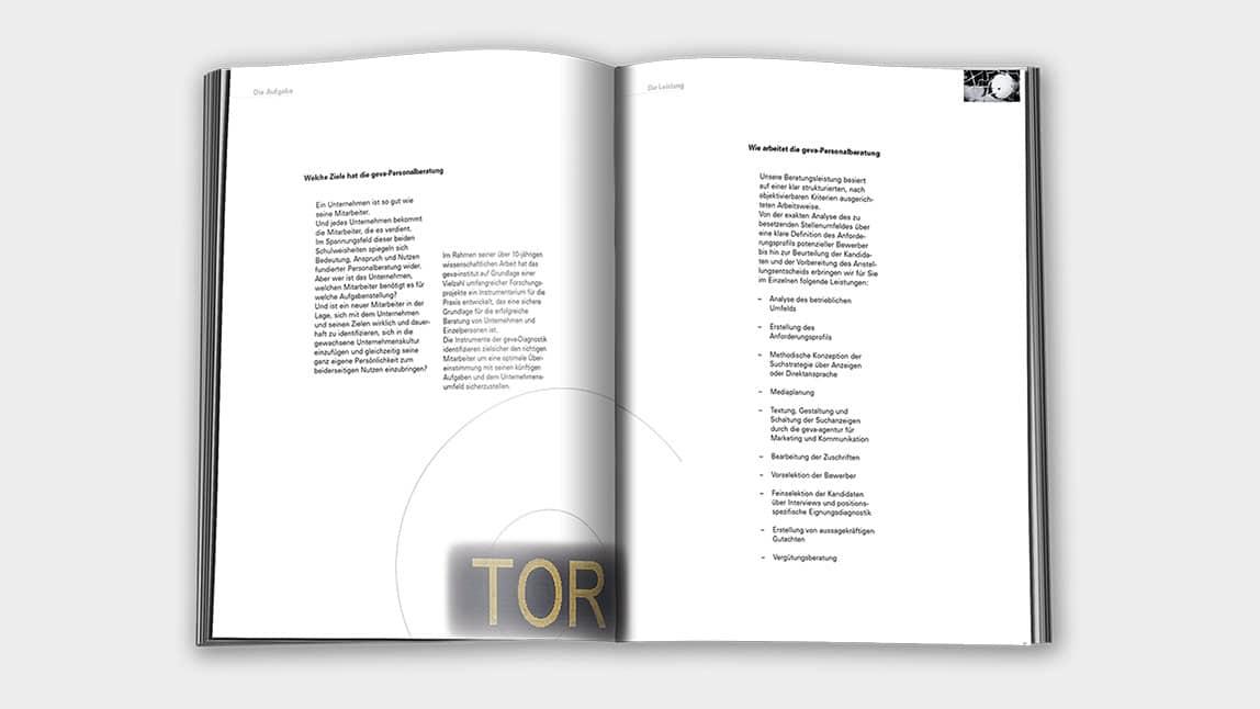 Print Design München für die Innenseiten einer Broschüre zur Personalberatung